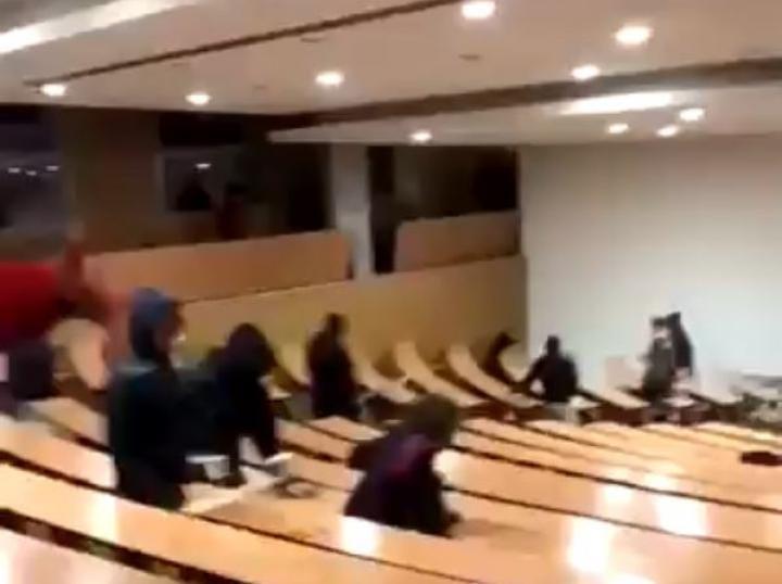 Sénégal: Des étudiants séquestrent leurs professeurs pendant 9 heures