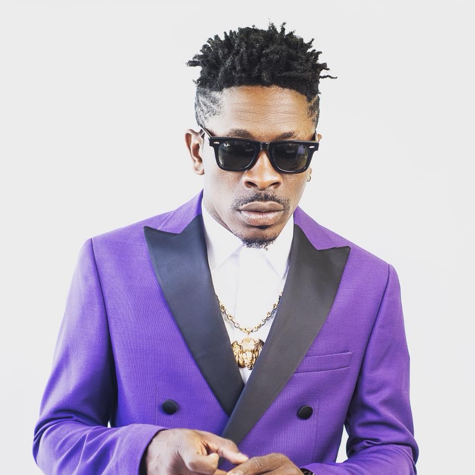 Ghana: Stonebwoy sort une arme à feu aux Ghana Music Awards-Vidéo