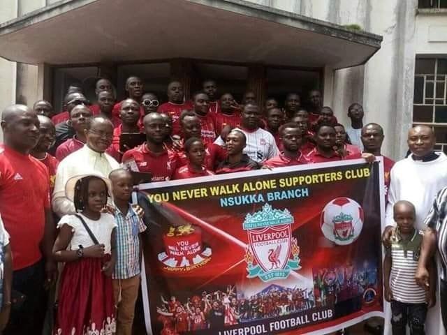 Nigeria: Des fans de Liverpool à l'église pour une action de grâce après leur victoire