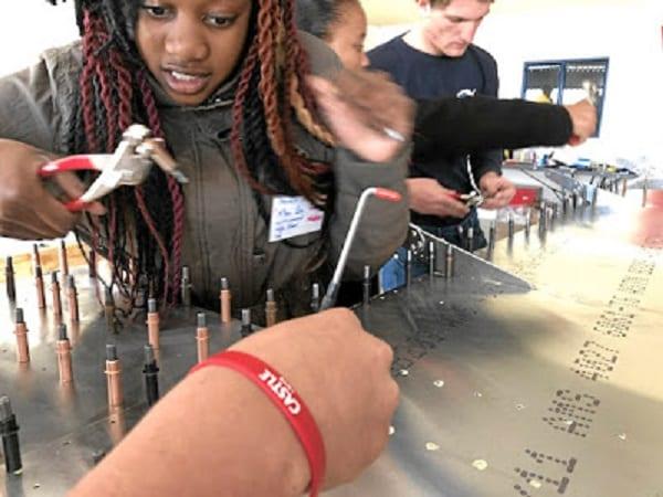 Inspiration: Des adolescents africains volent de Cape Town au Caire dans un avion qu'ils ont construit