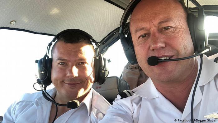 Deux hommes tués par un avion construit par des jeunes Sud-africains