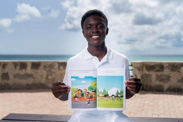 Adom Appiah, le ghanéen de 15 ans, auteur de 3 top livres acceptés par une bibliothèque américaine
