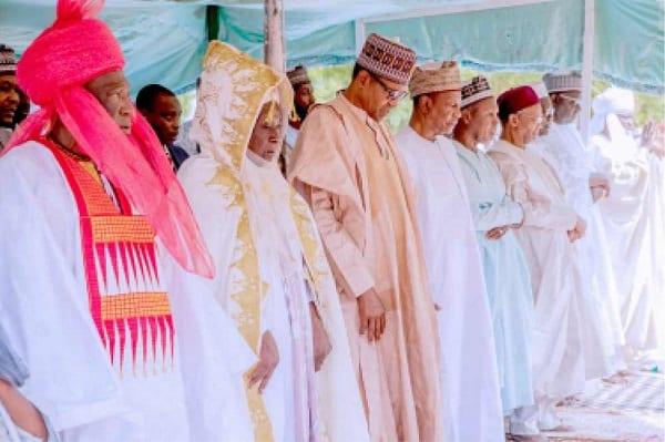 Le président Alpha Condé rend visite à son homologue Buhari pour la Tabaski: Photos