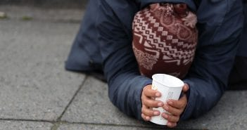 BRITAIN-HOMELESSNESS-BEGGING