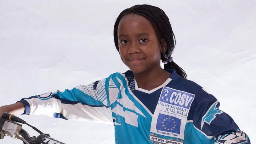 Tanya Muzinda : l'histoire inspirante d'une fille de 14 ans qui finance les études de 45 enfants (photos)