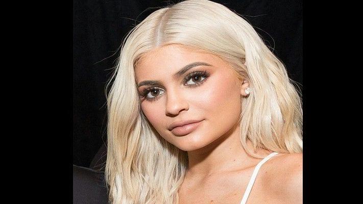 cropped-Kylie-Jenner.jpg