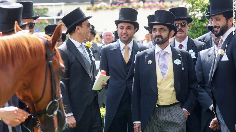 Dubaï : Cheikh Mohammed dépense plus de 4 millions de dollars pour un cheval (photos)