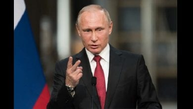 Putin-Shutterstock-1-555×370
