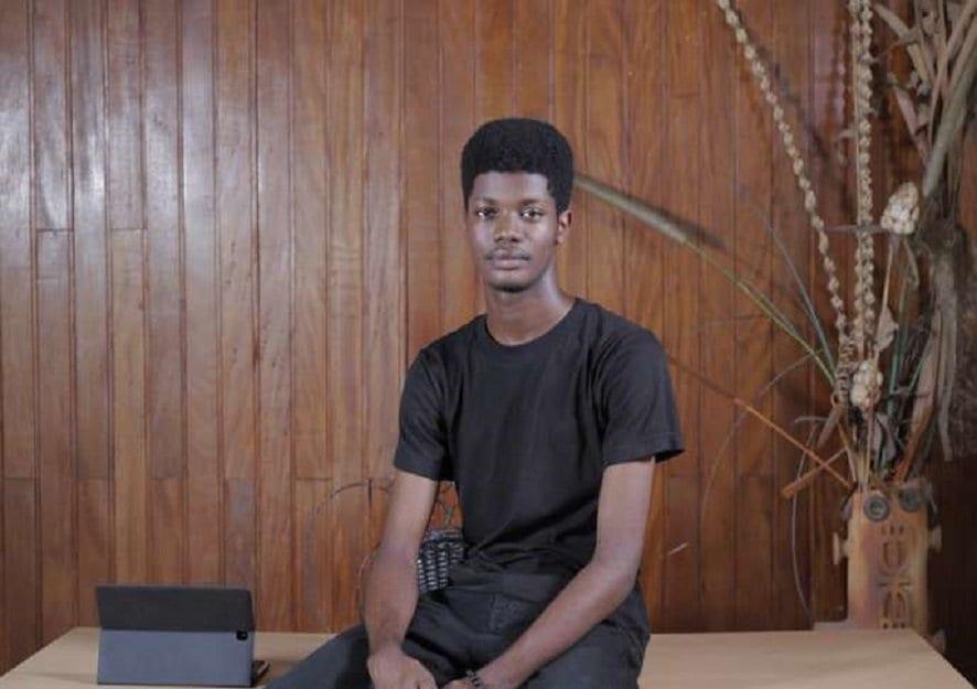 O'Plerou Grebet : l'étudiant ivoirien qui a créé plus de 350 émojis (photos)