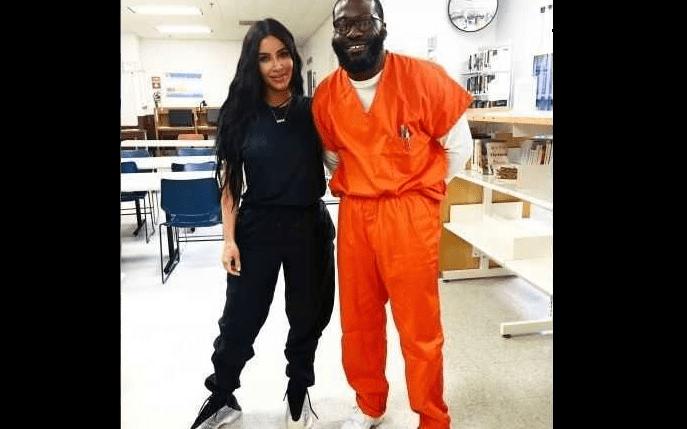 USA: Condamné à la prison à vie, il est libéré grâce à Kim Kardashian