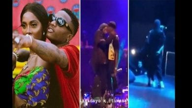 wizkid-and-tiwa-savage-kiss-on-stage-during-performance-in-france-696×392