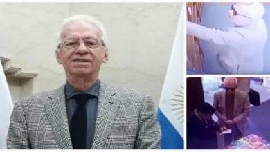 Filmé-en-train-de-voler-un-livre-l'ambassadeur-mexicain-en-Argentine-démissionne-vidéo