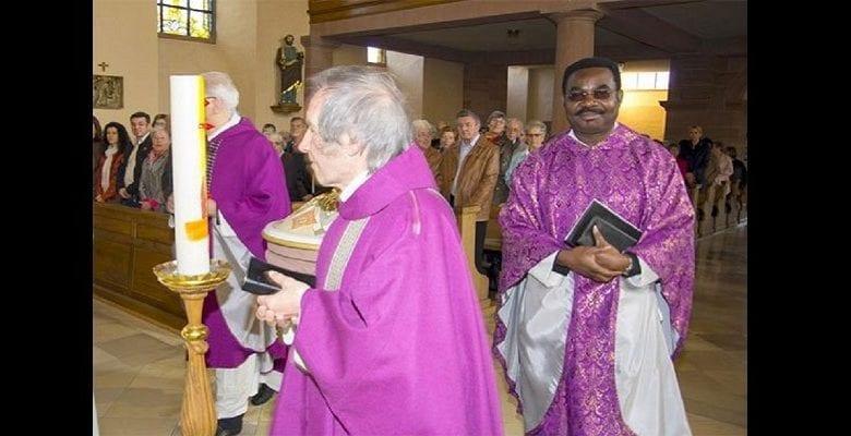 prêtre nigérian victime racisme