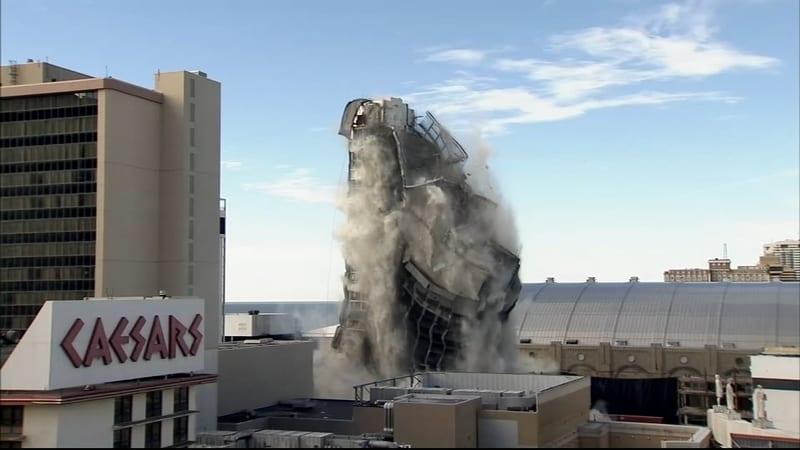 Etats-Unis: l'hôtel-Casino de Donald Trump démoli (vidéo)