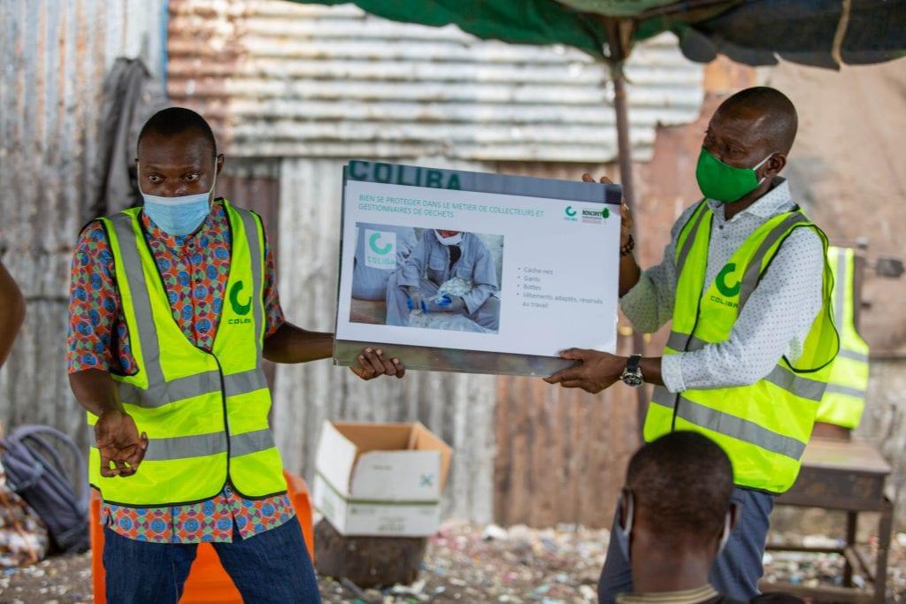 """Côte d'Ivoire/ """"Déchets, Santé et Covid"""": la start-up Coliba sensibilise les collecteurs informels-(vidéo)"""