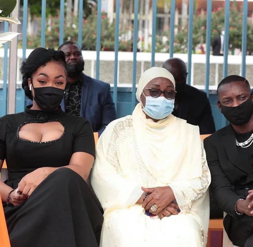 Josey: son décolleté osé aux obsèques d'Hamed Bakayoko remonte la toile - Photos