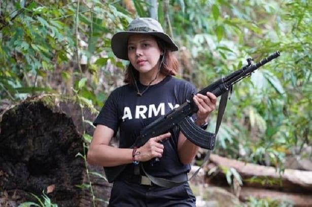 Birmanie: une reine de beauté décide de prendre les armes contre la junte militaire