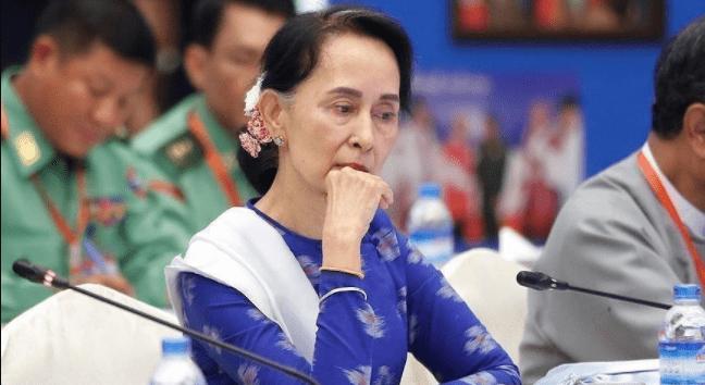 Birmanie : le premier procès contre Aung San Suu Kyi s'ouvre ce lundi