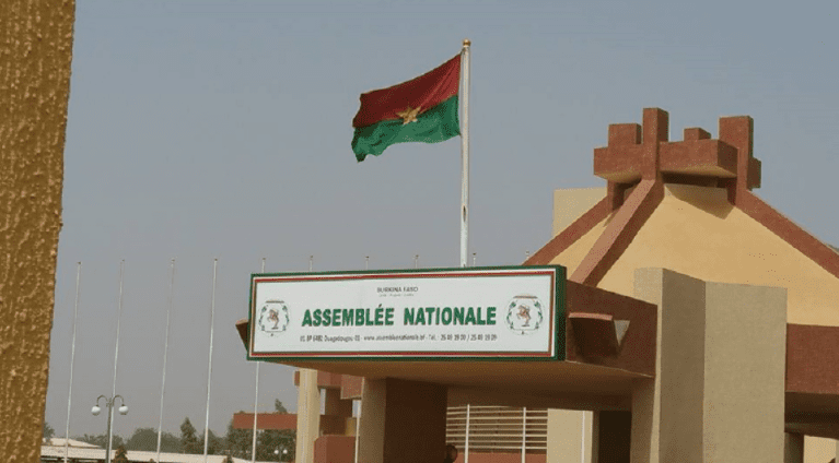 IMAGE PARLEMENT