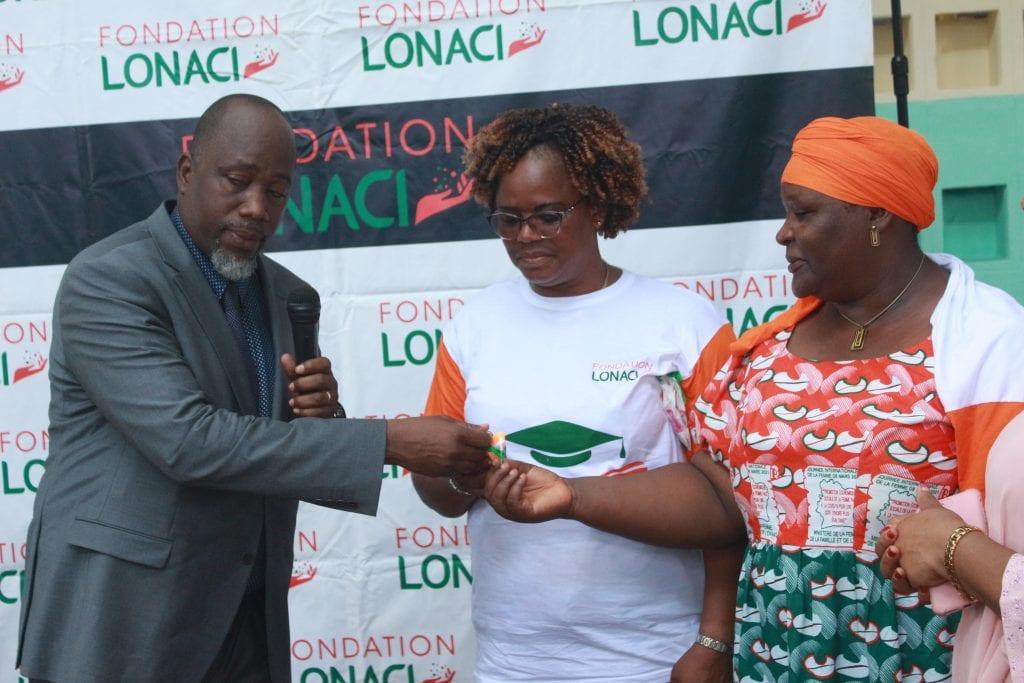 Rénovation du Groupe Scolaire Cocody Sud : la LONACI remet les clés de l'établissement