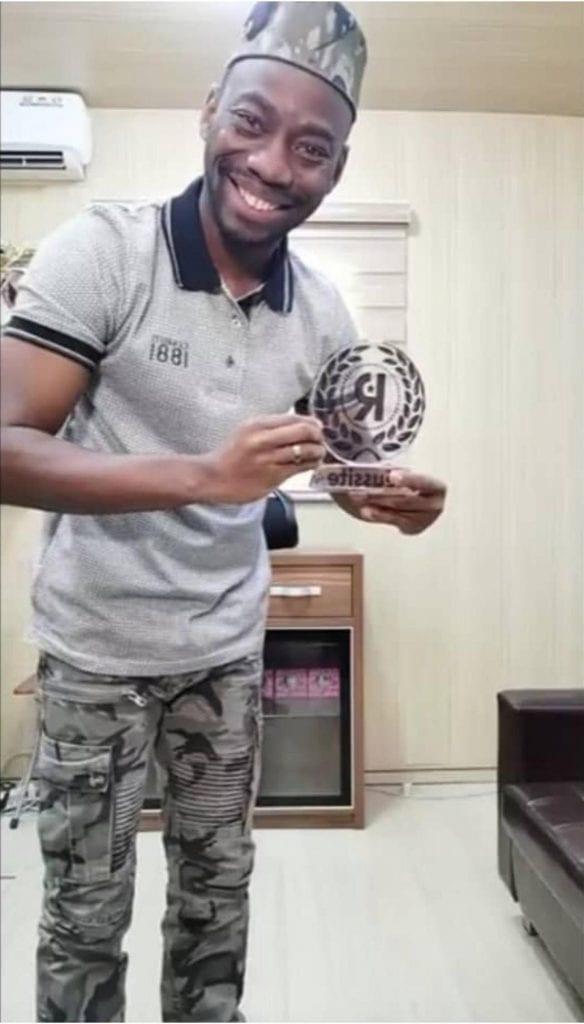 Le General Makosso élu meilleur coach en stratégie de réussite