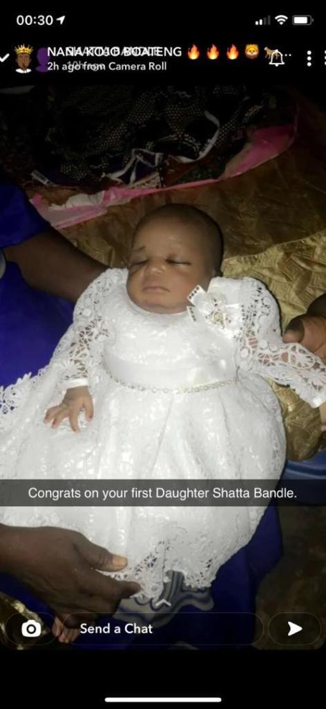 Le 'milliardaire' Shatta Bandle accueille son premier enfant
