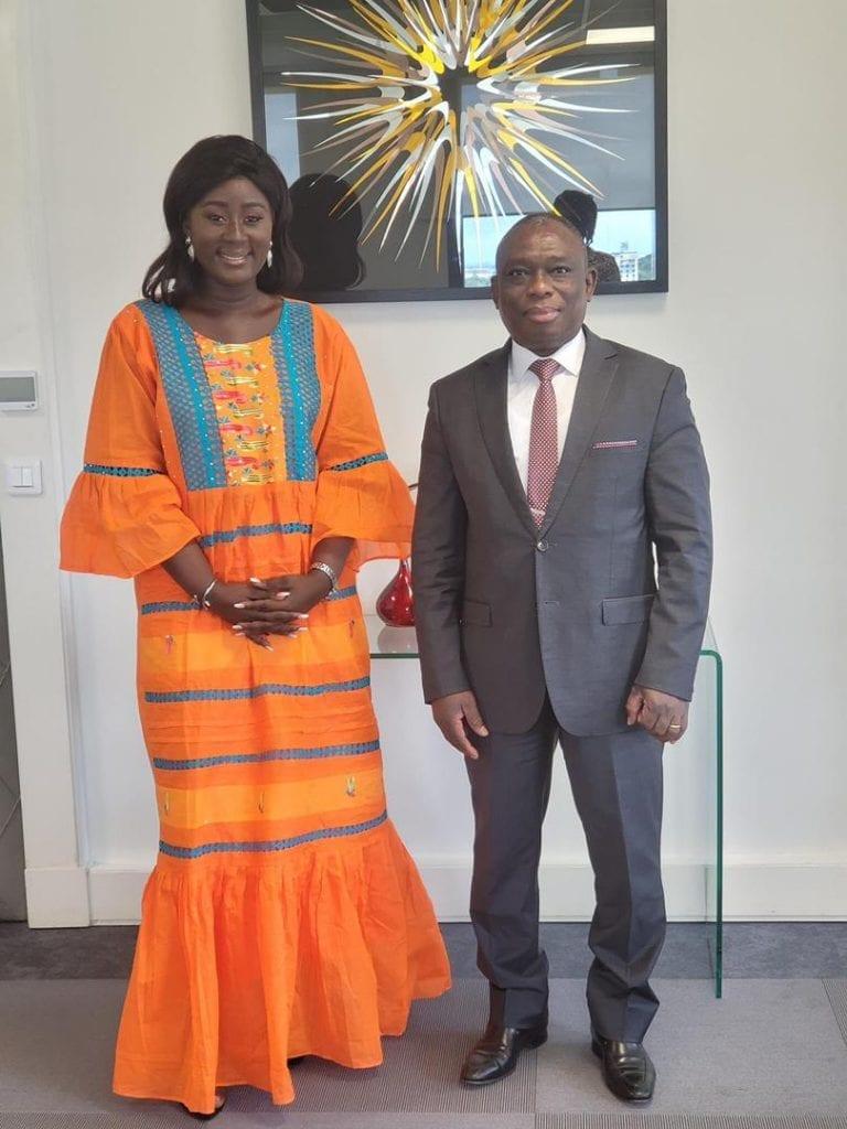 Réconciliation nationale en Côte d'Ivoire: Eunice Zunon coptée par le ministre KKB