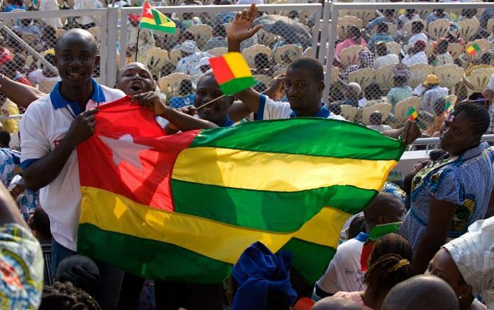 Messe au National Stadium de Cotonou