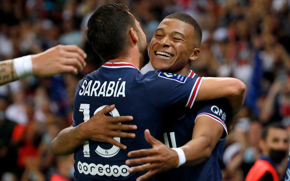 Ligue 1/ Lionel Messi présenté aux supporters, Paris gagne son premier match