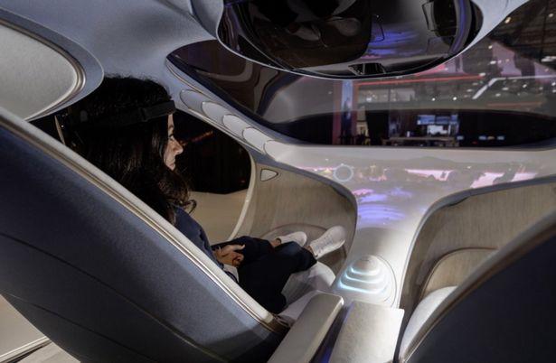 Mercedes veut construire une voiture contrôlée par la lecture de l'esprit du conducteur