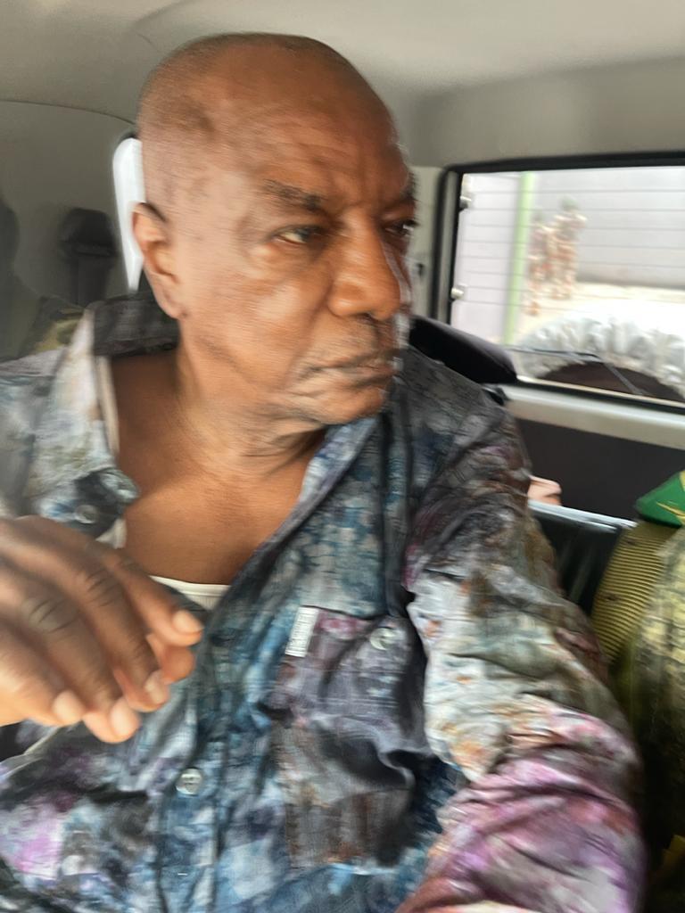 Guinée / Photos exclusives d'Alpha Condé, pendant le coup d'Etat