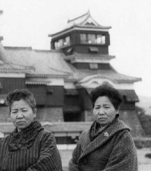 Record/ Voici l'âge et la nationalité des plus vieilles jumelles au monde