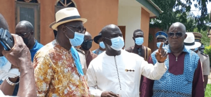 Côte d'Ivoire/ Le ministre François Amichia en mission d'inspection à Sinématiali