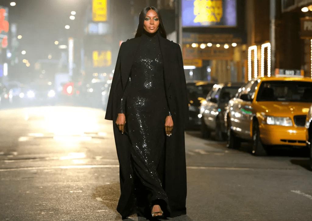 ''J'ai sacrifié la recherche d'une âme sœur pour ma carrière de mannequin réussie ''-Naomi Campbell