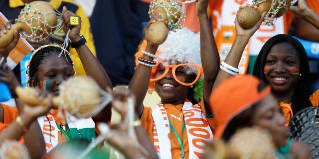 Eliminatoires Coupe du Monde 2022: les supporters ont répondu présents autour du stade pour les Eléphants