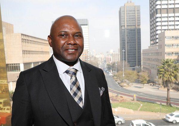 Afrique du Sud: Le nouveau maire de Johannesburg meurt dans un accident de voiture